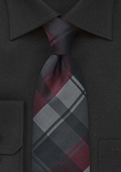 Krawatte Schwarz, Grau & Weinrot gemustert