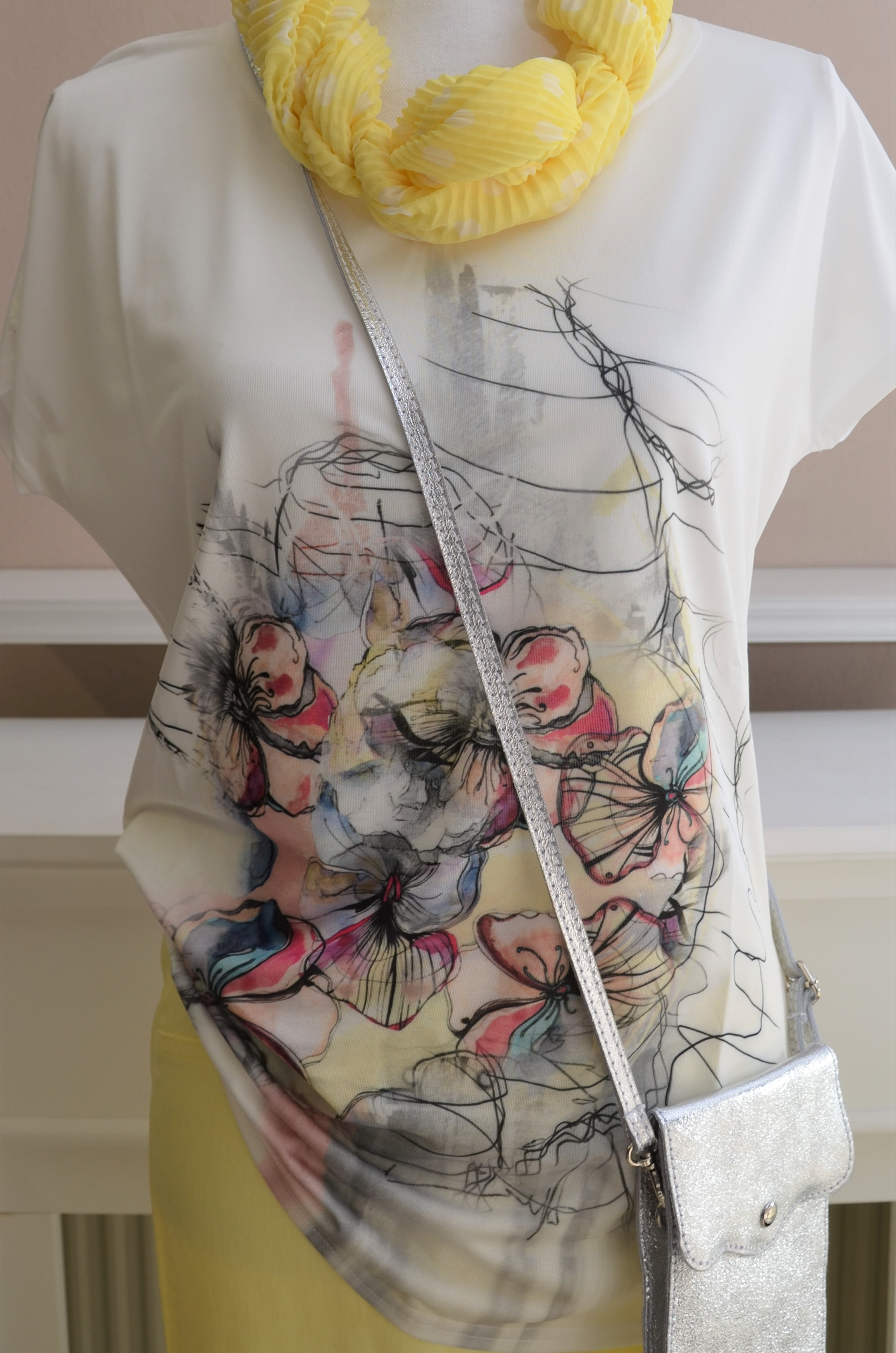 T-Shirt in Creme mit Print